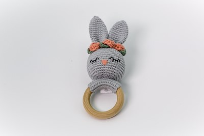 miss-bunny-teething-toy