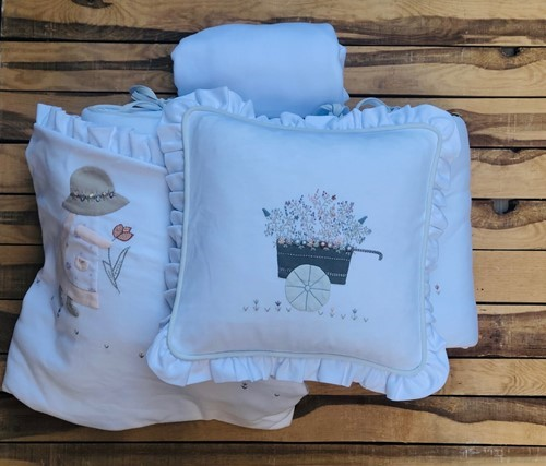 EVA HAND KNITTED AZUR COLOR %100 ORGANIC FULL CRIB SET