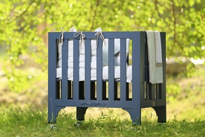 foldable-rectangular-crib-bed-chemical-free-anthracite-coloring-100-organic-cotton-mattres